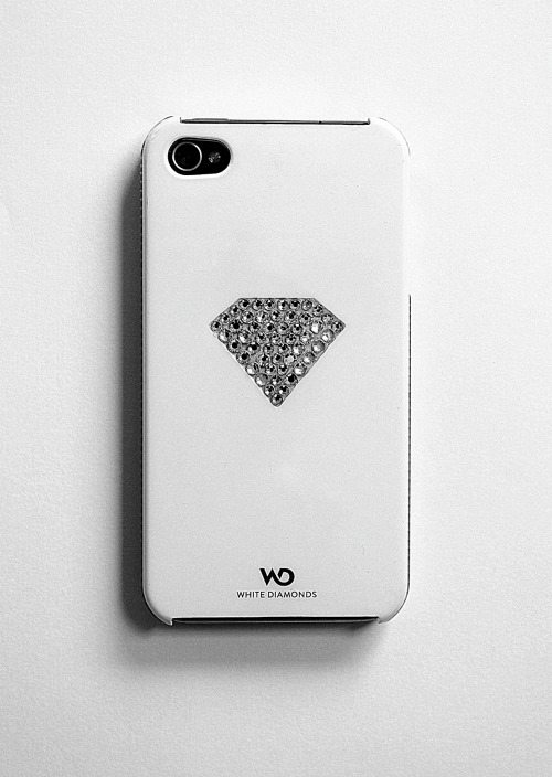 alta-moda:  My Iphone case.