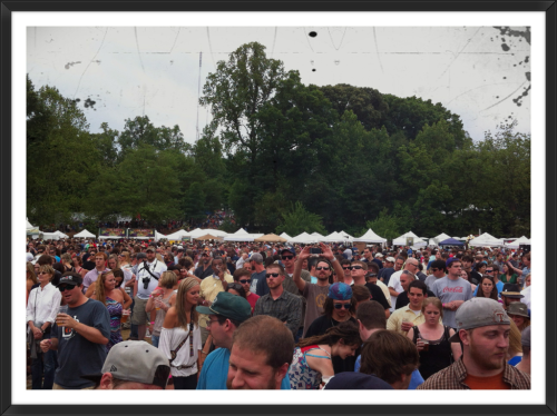There was a great crowd of folks at the SweetWater 420 Fest at Candler Park. Lot of love in the ATL.