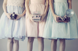 pink polaroid, must have!!