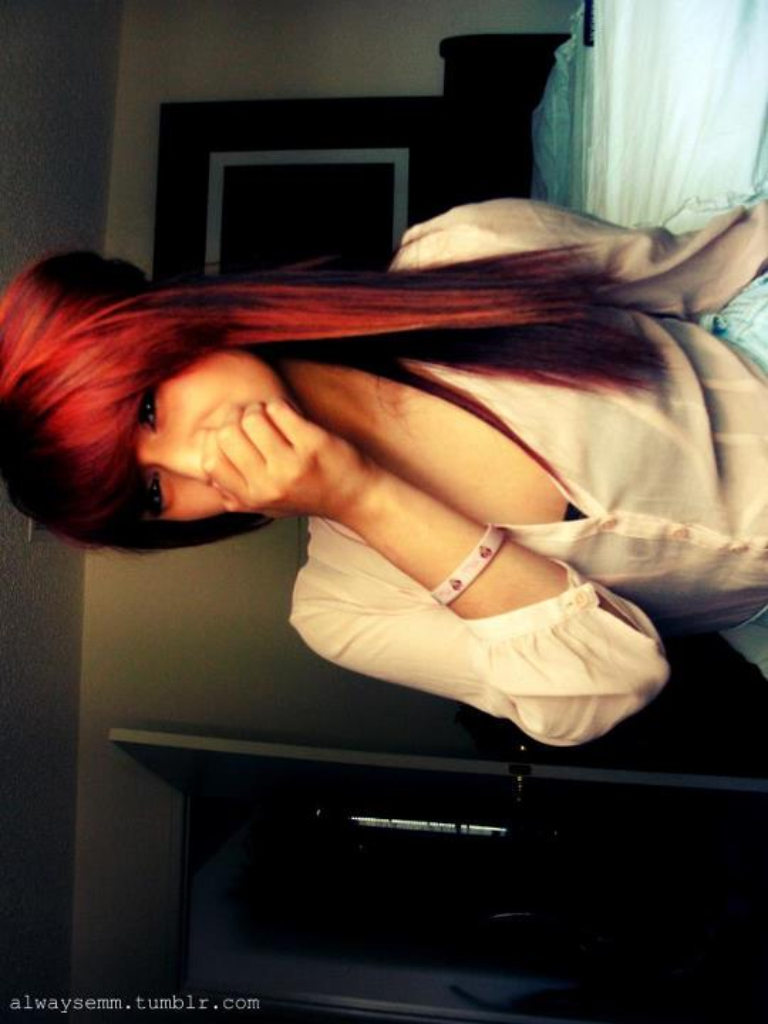 eatyourswagout:  alwaysemm:  My new red huuur(;  Rebloggg?  ▲▲▲ More Dope Shieet! c; ▼▼▼ Follow my Tumblr † Follow my Instagram †