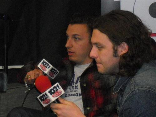 Arctic Monkeys, Matt and Nick, talking in Edgefest 2012 They talk about the supposed Don Valley DVD, sorry guys but they were just rumours.