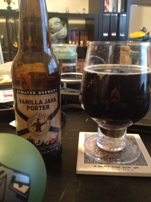 Atwater Brewery | Vanilla Java Porter | 5.5% ABV Porter I'm not familiar with Atwater brewing but I DO love me some vanilla flavored anything. This beer is delicious. Strong vanilla taste that finishes with a chocolate roasted malt flavor. This I will be throwing into my rotation of beers. Very good. Go get this beer! Price: $9.99/6-pack Rating: 8/10