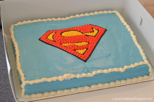 thecakebar:  Superman Cake! (tutorial)
