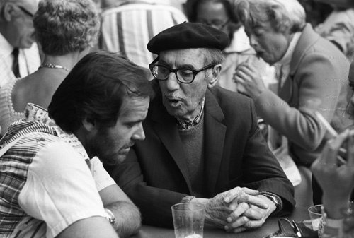 awesomepeoplehangingouttogether:   Jack Nicholson and Groucho Marx