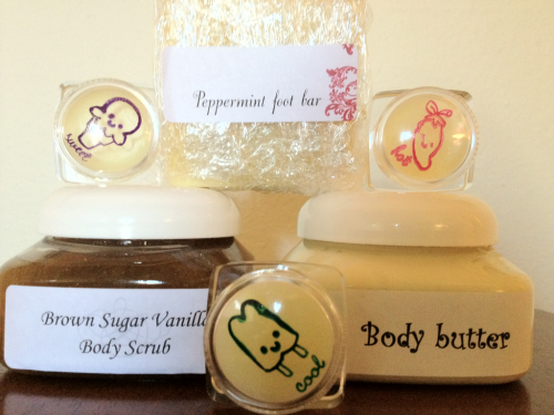 All natural hand made  Body butter  Sugar scrub  Lip balm cinnamon, peppermint, & cherry mint. And peppermint foot bar