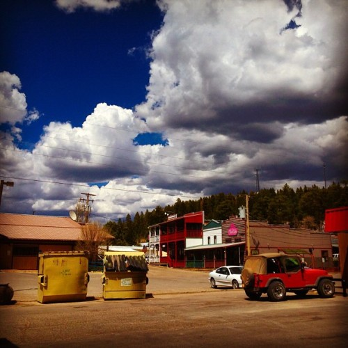 #cloudcroft #cloudcroftnm #newmexico #sky #blue #bluesky #clouds #cloud #jeep #instagood #instaclouds #instamood #iphone4s #pretty (Taken with instagram)