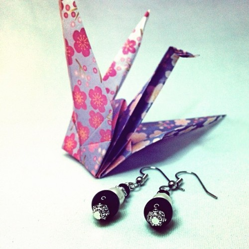 #white #black #handmade #timeforhightea #earrings #beading #papercrane #origami  (Taken with instagram)