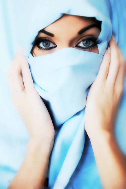 hijabigotswag:  Beautifull eyess (: