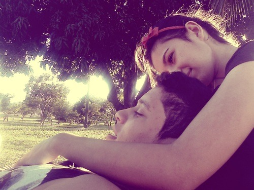 pictures-of-couples:  http://i-dont-wanna-be-in-love-alone.tumblr.com/