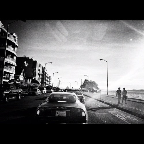 mackryan:  Sunny day in Alki, the cars come out. (Taken with instagram)