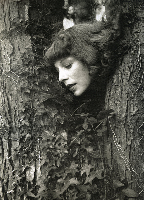nymphlight:  Tilly Losch, at Ashcombe (Beaton's home), photo by Cecil Beaton, late 1930s