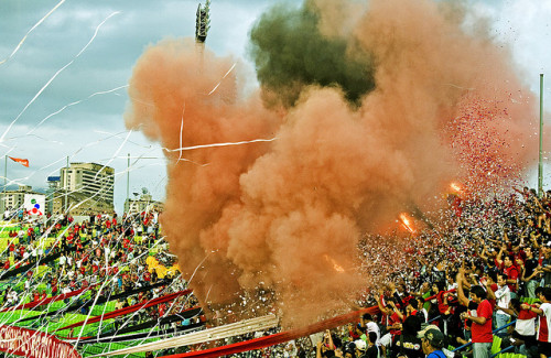 caracascaos:  LDR by Pankcho on Flickr.Fútbol Club | #Caracas | #Photography