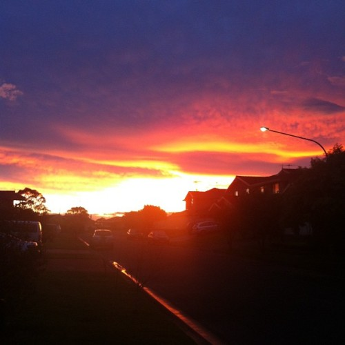 Odd Sunset #afternoon #sun #sunset #suburbia #unedited (Taken with Instagram at Quakers Hill)