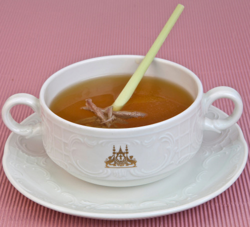 Duck and Lemongrass Consommé This soup is very light and give you a fragrant taste and flavor from the fresh lemongrass combine with lime leaves, garlic and ginger. Make a perfect fusion of it own. The soup has full body and very smooth texture!