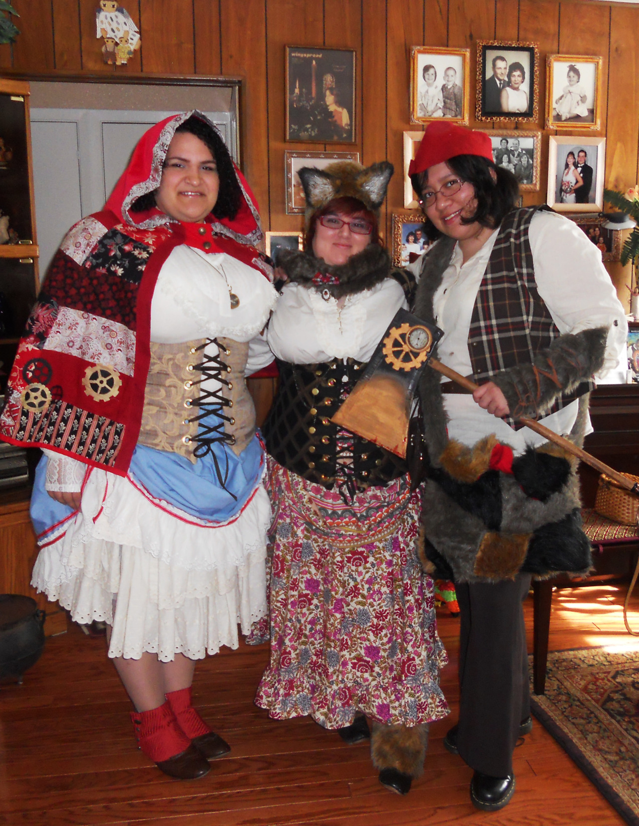 My group of friends and I put together a lightly steampunked Red Riding Hood trio for a convention back in January.  Most of the costumes were handmade, and though you can't see it, I had a tail. Next up for us is a steampunk circus theme and steampunk Disney (I'll be the Maleficent to the earlier Ariel post)