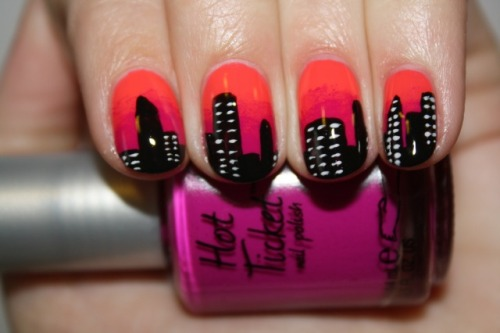 Cityscape nail art by Polish You Pretty! Click the photo to see the full tutorial!