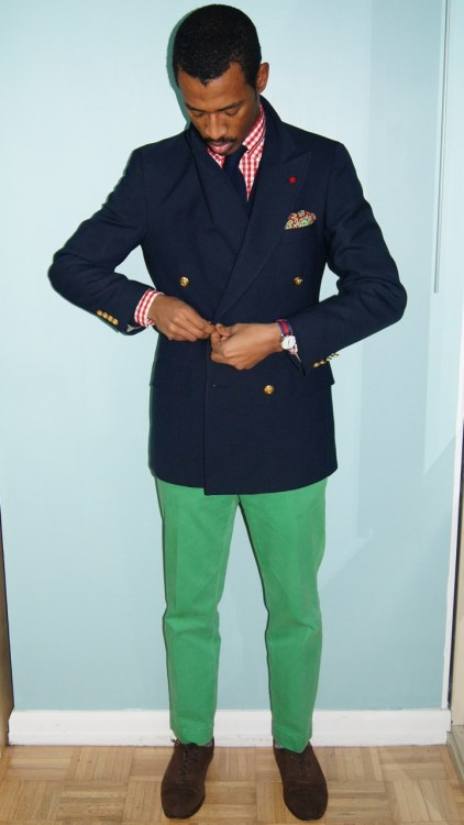 red + green ( @ acutestyle ) http://gentleman-forever.tumblr.com/