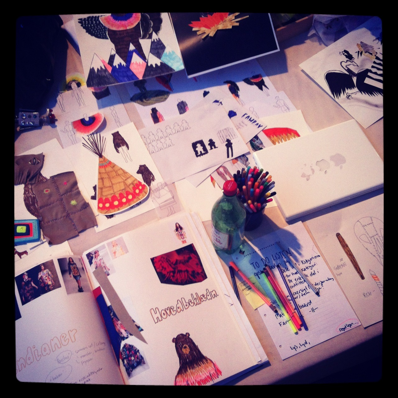 The Haute Couture Illustration project //Rikke and Maja http://karlsenlindstroem.tumblr.com/