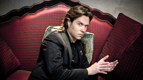 Music For Your Monday Morning: NPR Music is streaming Rufus Wainwright's new album 'Out Of The Game' in its entirety. Enjoy! (via First Listen: Rufus Wainwright, 'Out Of The Game' : NPR)