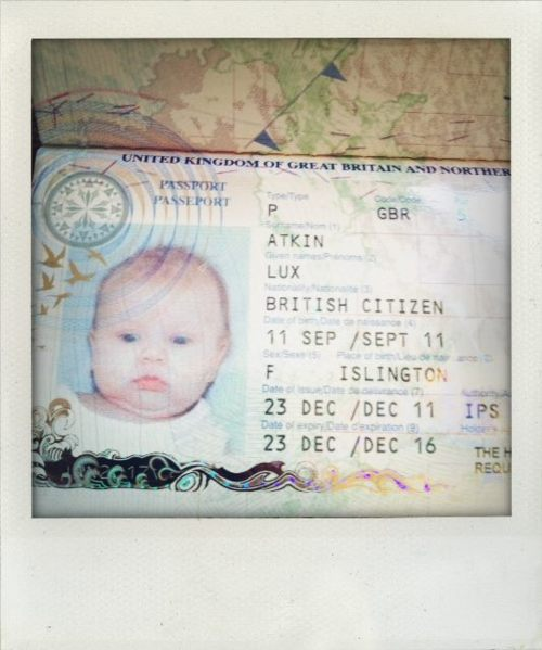 passport Baby Lux.