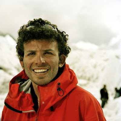 the-muslim-doctor:  Omar Samra, the first Egyptian to reach the summit of Mount Everest.  Facebook