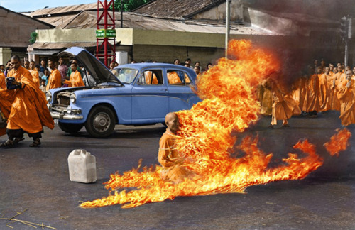 "qubazoba:  On 10 June 1963, Vietnamese monk Thích Quảng Đức burned himself to death at a busy intersection in Saigon. He emerged from a car, seated himself in the lotus position and meditated while his colleagues poured gasoline over him. Đức then struck a match and dropped it on himself. As flames consumed his robes and flesh, ""he never moved a muscle, never uttered a sound, his outward composure in sharp contrast to the wailing people around him."" The self-immolation was done in response to the persecution of Buddhists by South Vietnam's Ngo Dinh Diem administration. This picture, first published in black and white, was taken by Associated Press photographer Malcolm Browne."