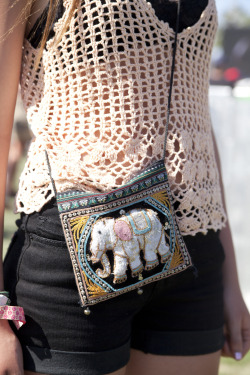 black bra + crochet top + black shorts + detailed cross-body bag = perfect boho chic for hot summer days!
