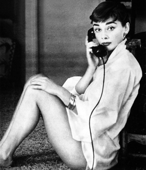 Audrey Hepburn at home, photographed by Mark Shaw 1953