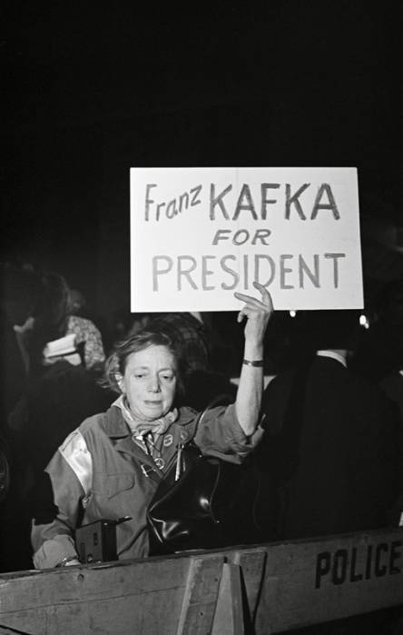 oldnewyork:  Protester against Hubert Humphrey's 1968 presidential candidacy, October 1968, NYC. (link)