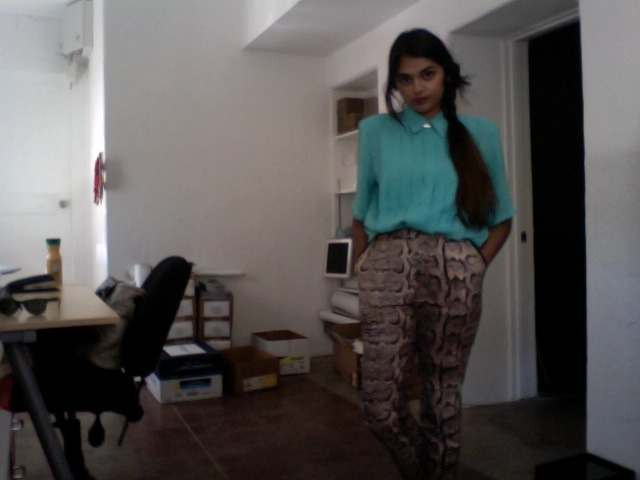 sneaking pics of my snakeskin pants at Kore this morning… after which I promptly left b/c the gd internet connection never works and now I am at Sparkroot trying to write press releases / newsletters but it isn't really going along as well as I'd hoped.