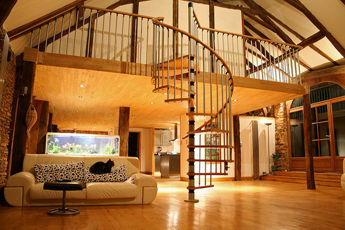 Someday…maybe someday…I can live in a home that beautiful. =')