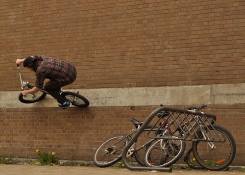 Greg Flag - Wheel jam to wallride