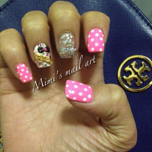 Yay I got my nails did! #nailartaddicts #nails #nailart #naildesign #nailartswag #nailartclub #nailartheaven #nailartoohlala #polkadots #3d #3dnails #chain #pink #toryburch  (Taken with instagram)