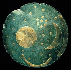 workman:  modernlifesucks: The Nebra sky disk, dated c. 1600 BC. The cluster of dots near the upper right portion of the disk is believed to be the Pleiades.