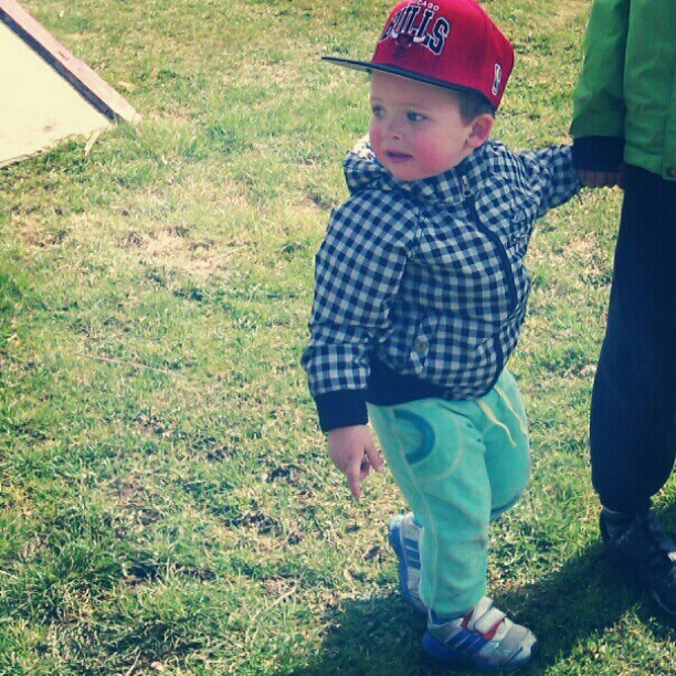 #My. #little. #brother. #got. #swag. #latino. #chileno. #Snapback  (Taken with instagram)