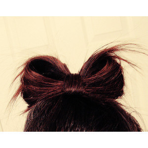 i love doing this w. my hair :D