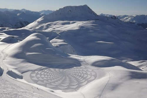 Giant Snow Patterns by Simon Beck