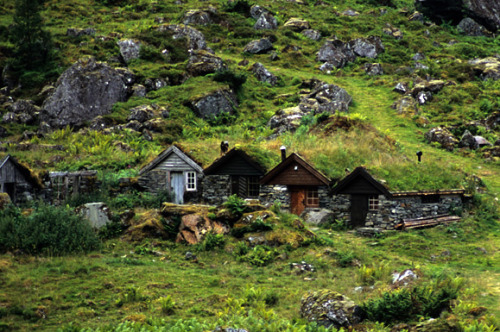 paganroots:  Traditional Norwegian Troll houses by Matthew Buckle