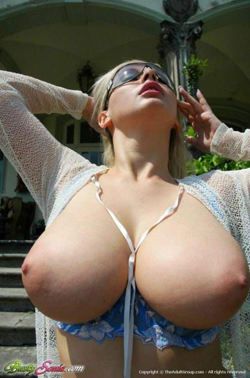 pawgalicious:  hot-topless:  Amateur Latinamore 2000 pics to reblog: http://hot-topless.tumblr.com/archive Feel free to reblog as much as u want of Amateur Latina hot woman. thanksSubmit http://hot-topless.tumblr.com/submitemail toplessbeachs@gmail.com  Whoa!
