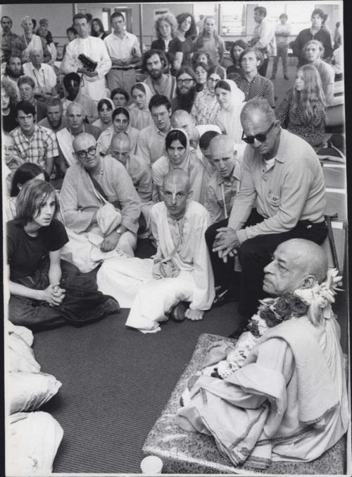 Srila Prabhupada. July, 18, 1971 - Logan Airport