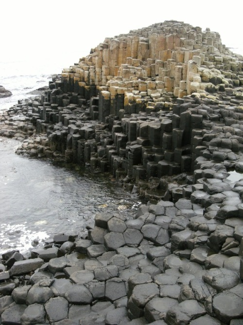 attolences:  Giants Causeway, Northern Ireland