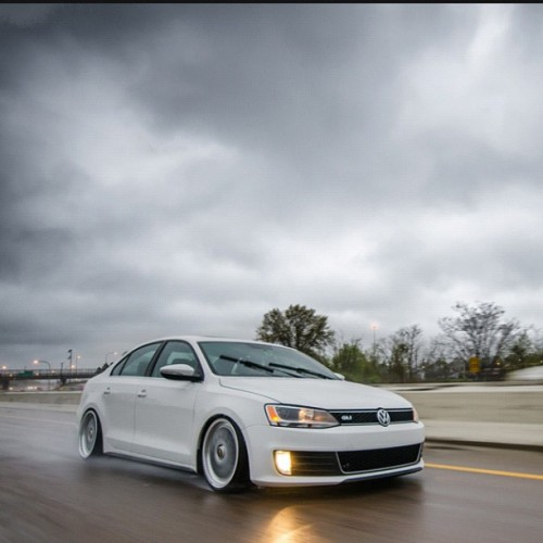 Roller by @parkercavanaugh #mk6 #gli #vw #vwlove #rain #rollingshot #bbs #bagged (Taken with instagram)