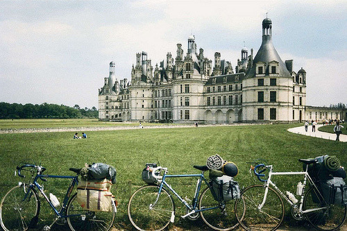 refluent:  Cyclists At Chateau de Chambord (by bestfor / richard)