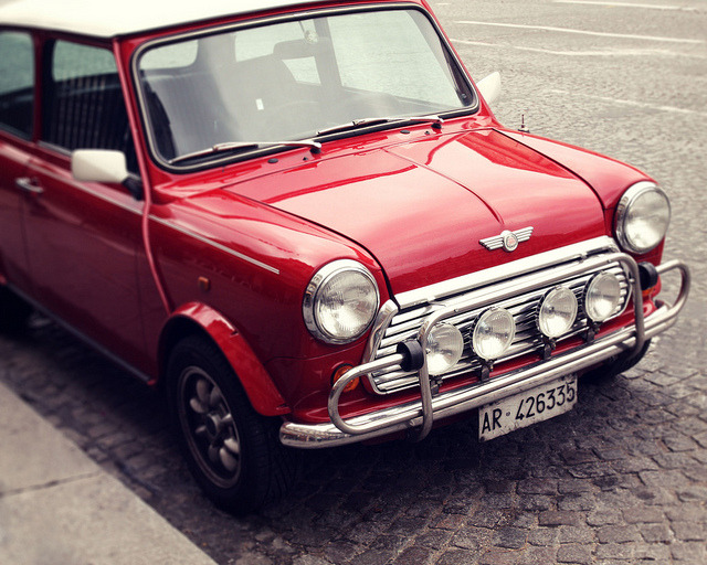 | ♕ |  Morris MINI Cooper in Paris  | by © liz.rusby