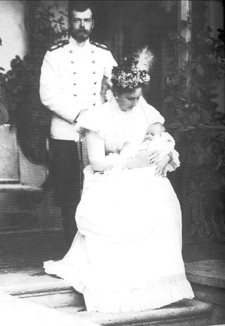 Nicholas and Alexandra Feodorovna with baby Tatiana, 1897.