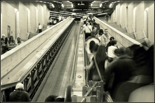 La libre se Olvida; codificados on Flickr.Metro | #Caracas | #Photography