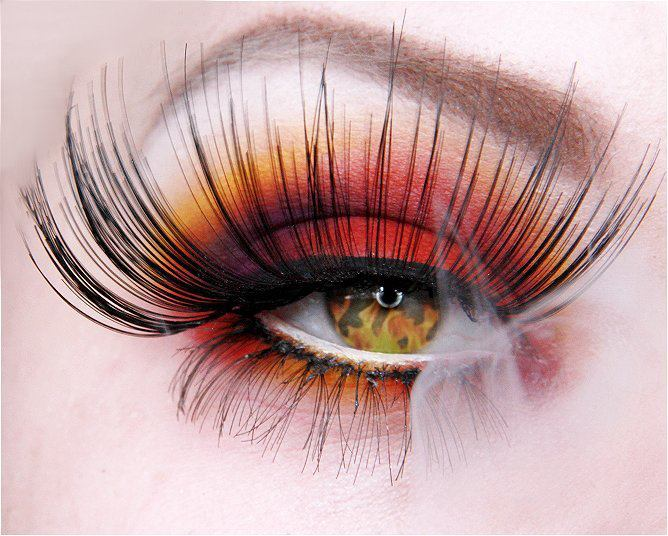 sugarpillcosmetics:  Jangsara's Burning Eye is still one of our all time favorite looks using the Burning Heart palette. You can see her tutorial here: http://jangsara.blogspot.com/2010/06/fyrinnae-my-brows-and-burning-heart.html