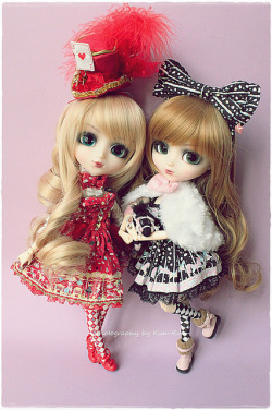 Miho & Melin - Pullip Bloody Red Hood