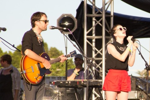 fuckyeahstvincent:  Andrew Bird and St. Vincent, Coachella 04/21/12
