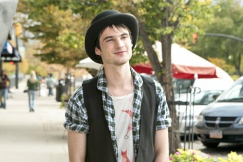 followingmyabba:  Tom Sturridge from Waiting for Forever… Sweetest character ever in a movie :)